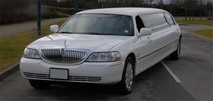 Hire Wedding Car Lincoln Town Car Latest Shape